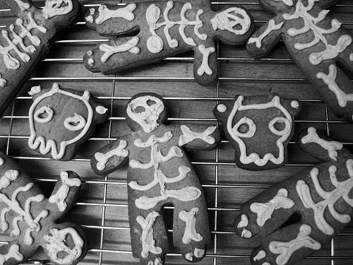 gingerbread bones