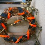 Make a Dollar Store Halloween Wreath