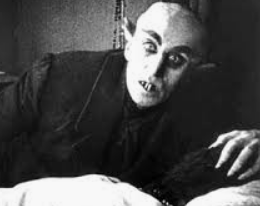 Nosferatu 1922 vampire movie