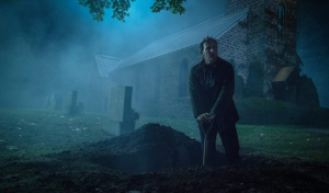 Father digs up Gage in Pet Semetary