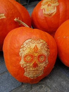 advanced pumpkin carving techniques halloween alliancetired of seeing the same old carvings on every jack o\u0027lantern you see? are you obsessed with carving all things gourd and always looking for a way to bring